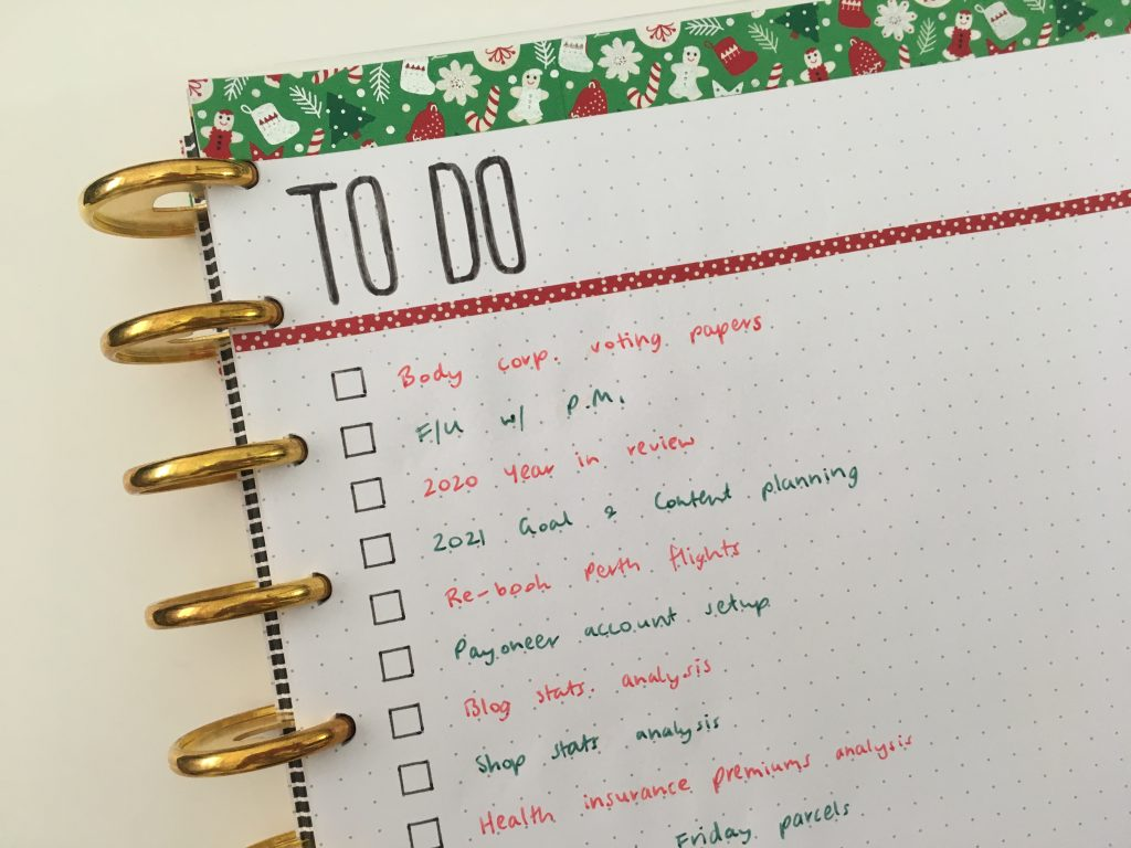 to do list bullet journal simple washi tape decorating ideas minimalist red and green christmas theme quick
