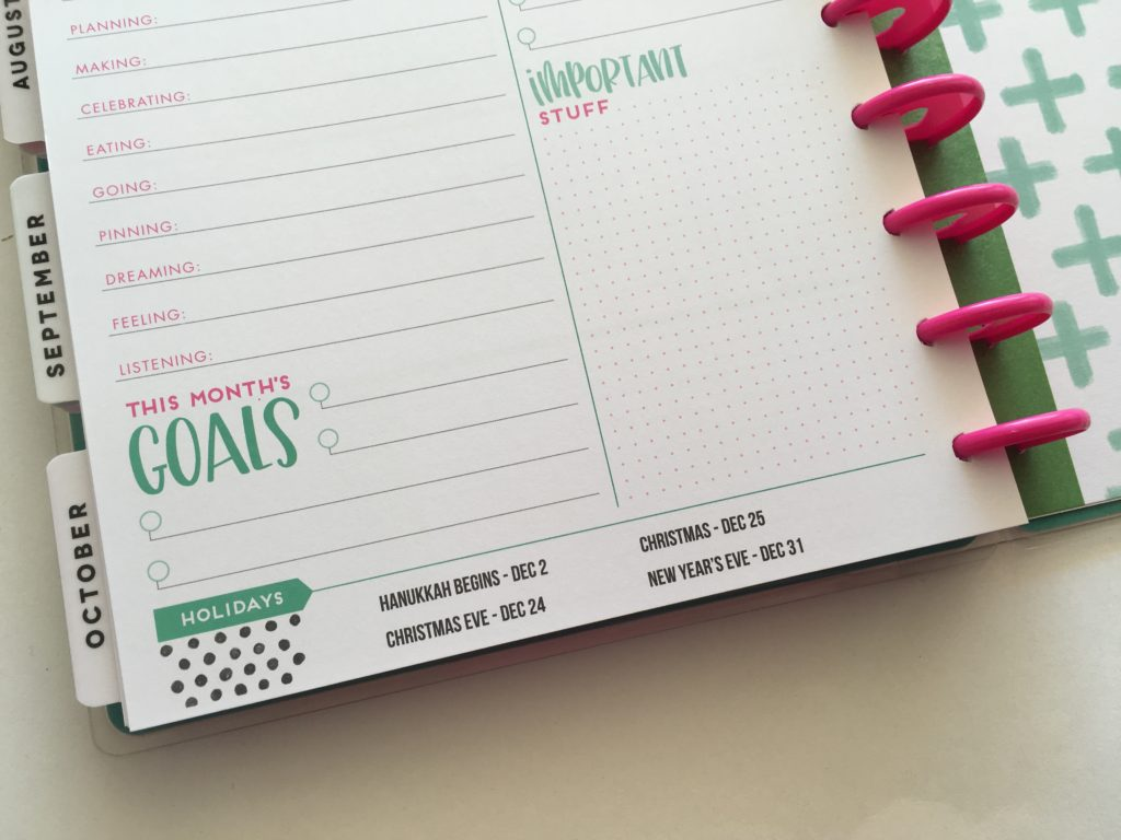 happy planner monthly overview page review