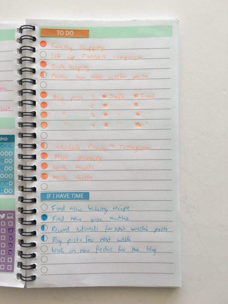 organized to do list making color coding weekly planner minimalist simple design no sticker week progress habit tracker cheap planner ideas diy-min