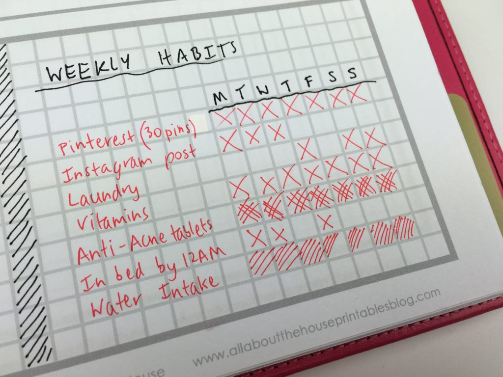 how to use a habit tracker for weekly planning tips ideas inspiration color coding task to do time management productivity minimalist simple spread diy-min