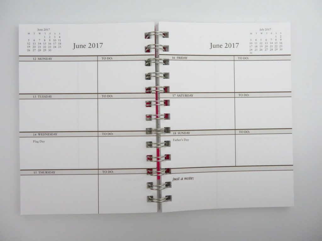sarah pinto weekly planner horizontal unlined 2 pages per week pocket small mini handbag purse preppy cheap affordable under 20 dollars cheaper alternative-min