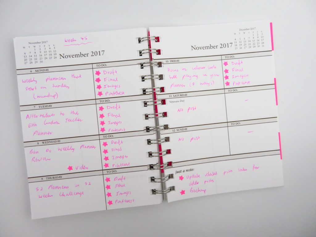 using the sarah pinto weekly planner for blogging workflow tracker review mini color coding purse handbag horizontal unlined-min