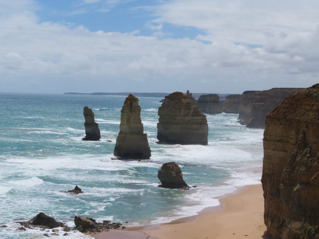 the 12 apostles great ocean road australia must see do visit victoria itinerary day trip aussie icon downunder australian road trip-min