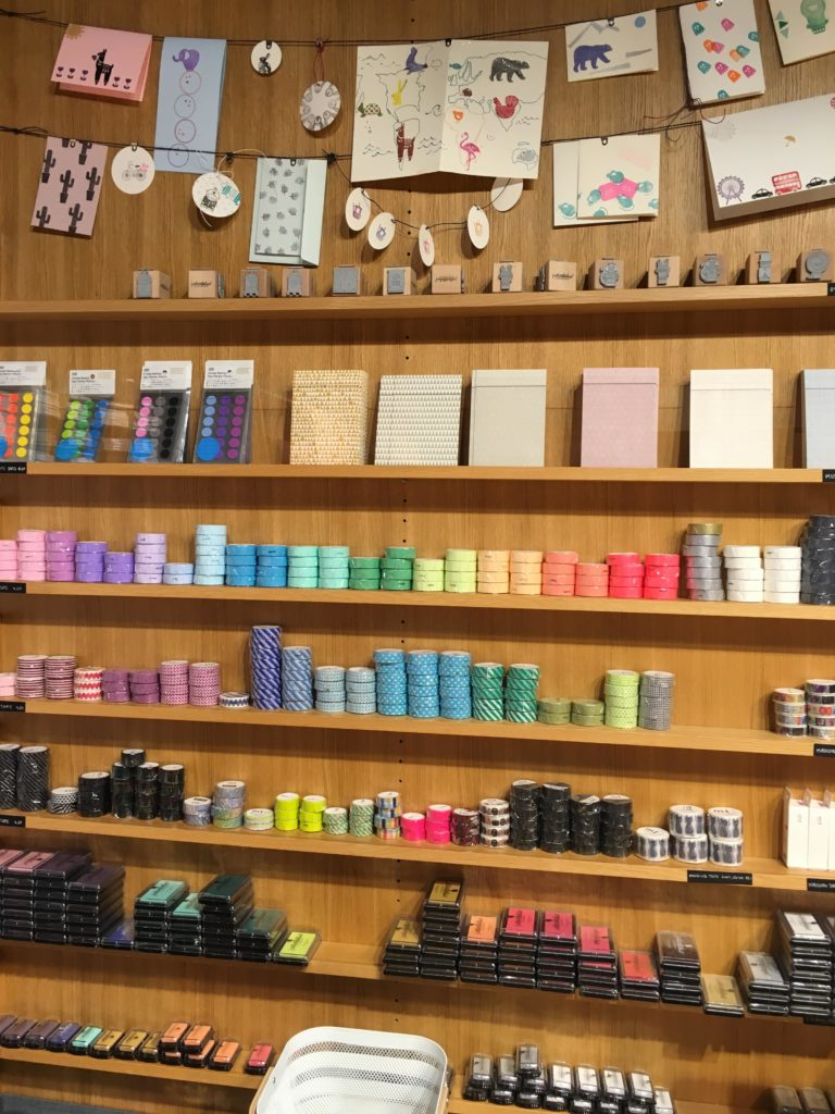 bookbinders stationery shop switzerland bern recommendation pretty preppy notebook planner agenda pens diary washi tape rainbow colorful-min
