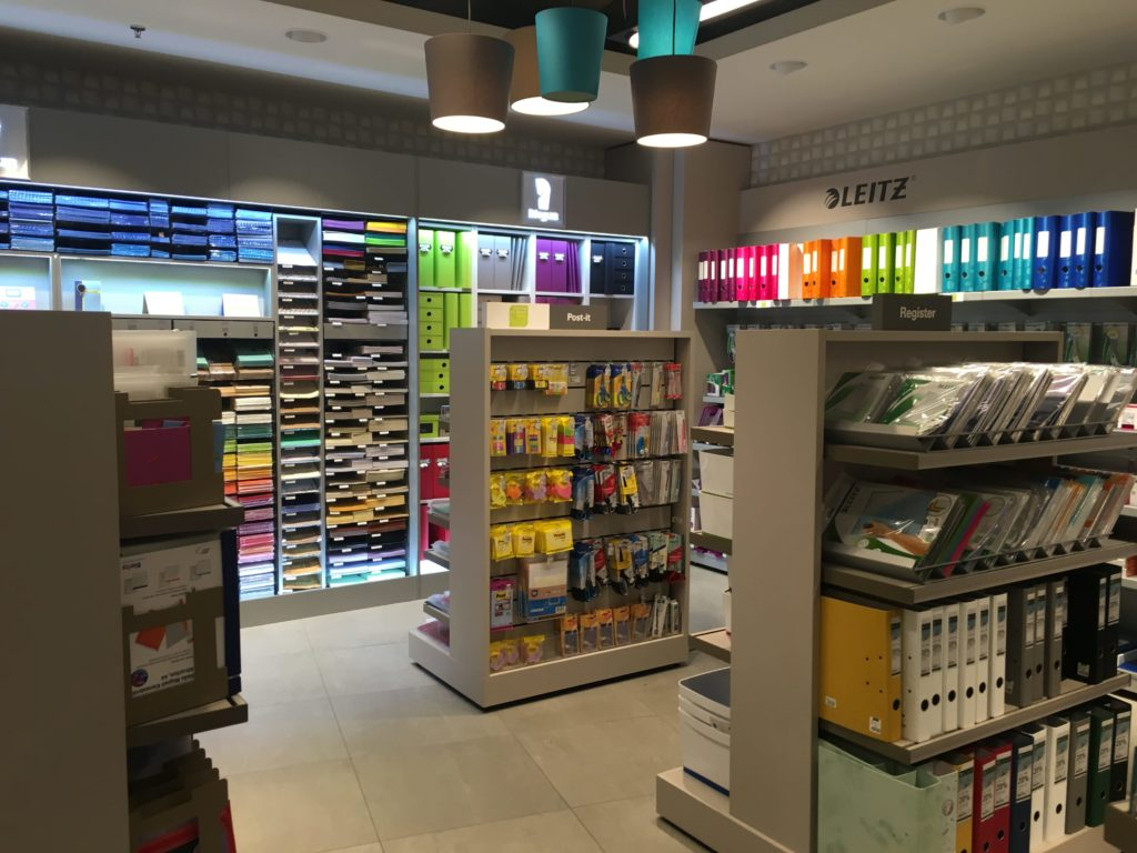 favourite places to buy stationery in switzerland zurich lucerne bern globus folder pen diary agenda organization-min