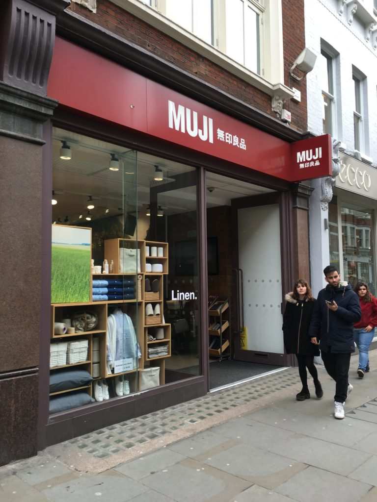 muji pen shopping stationery japanese favorite places to buy planner supplies in london review roundup tips shopping-min