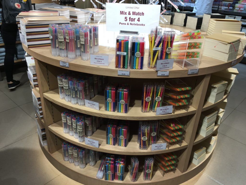 muji stationery favorite places to buy planner supplies in london review roundup tips shopping fine tip needle tip rainbow-min
