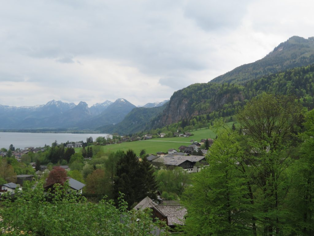 hallstat austria itinerary day trip viator tour review european alpine village lakeside cute quaint spring village