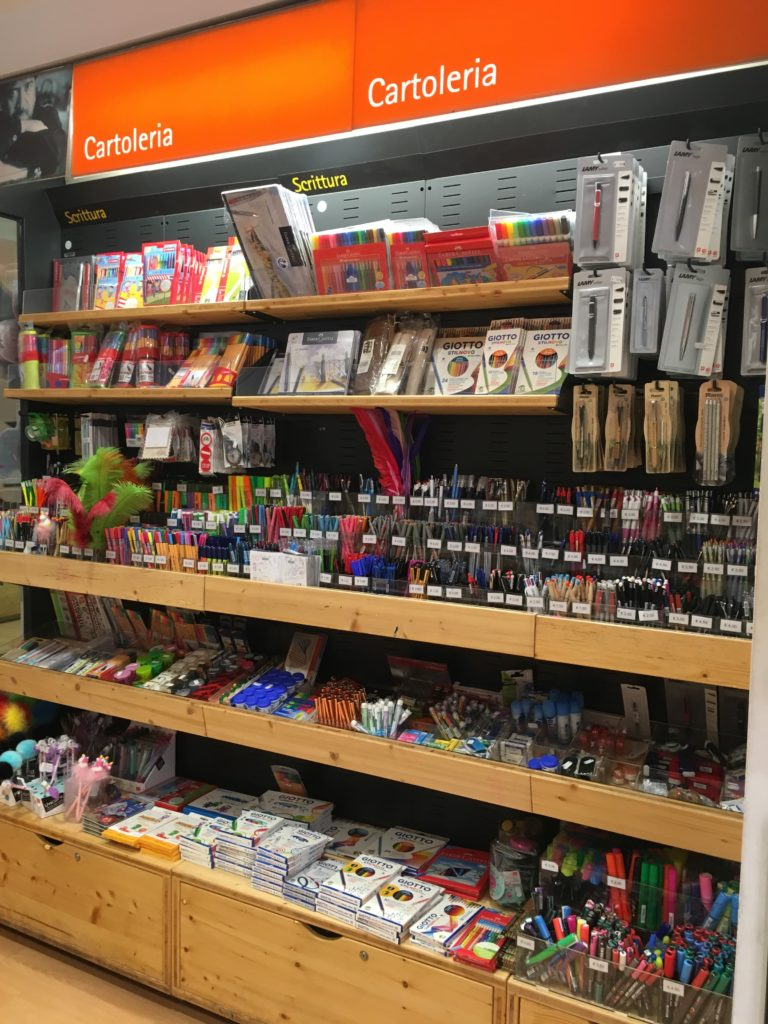 la feltrinelli stationery shop planner supplies rome shopping recommendations moleskine weekly planner diary agenda where to buy stabilo pens-min