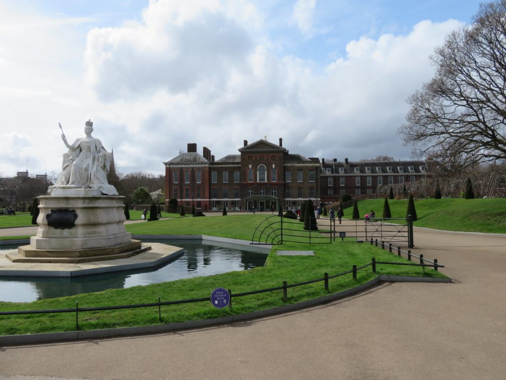 Kensington Palace review tips how to get there photography spots