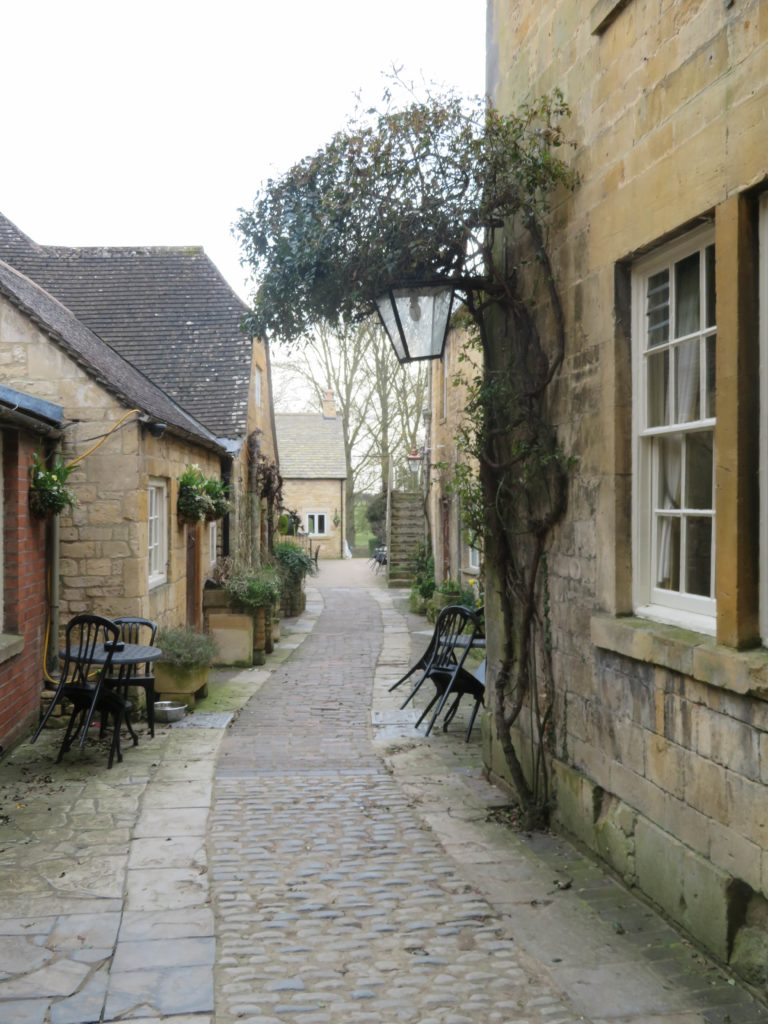 cotswolds day trip chipping camden english countryside quintessential go cotswolds review