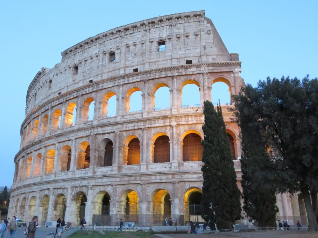 Roman Colosseum photo spots best time of day to visit photography must see and do
