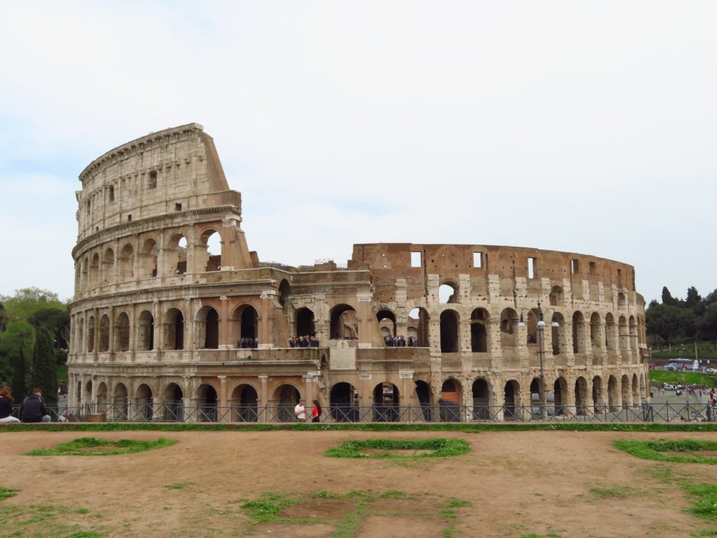 Where to photograph the Colosseum tips review skip the line ticket roman forum