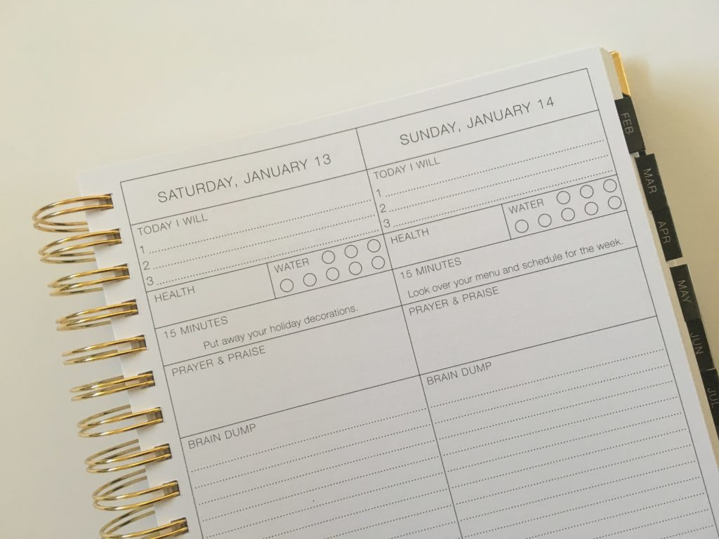 corie clark planner review pros and cons daily day to a page simple minimalist weekly vertical hourly scheduling flipthrough pen testing features gold foil