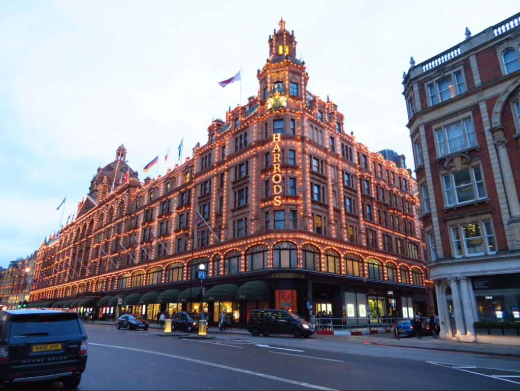 harrods london worth a visit review nighttime lit up directions iconic attractions