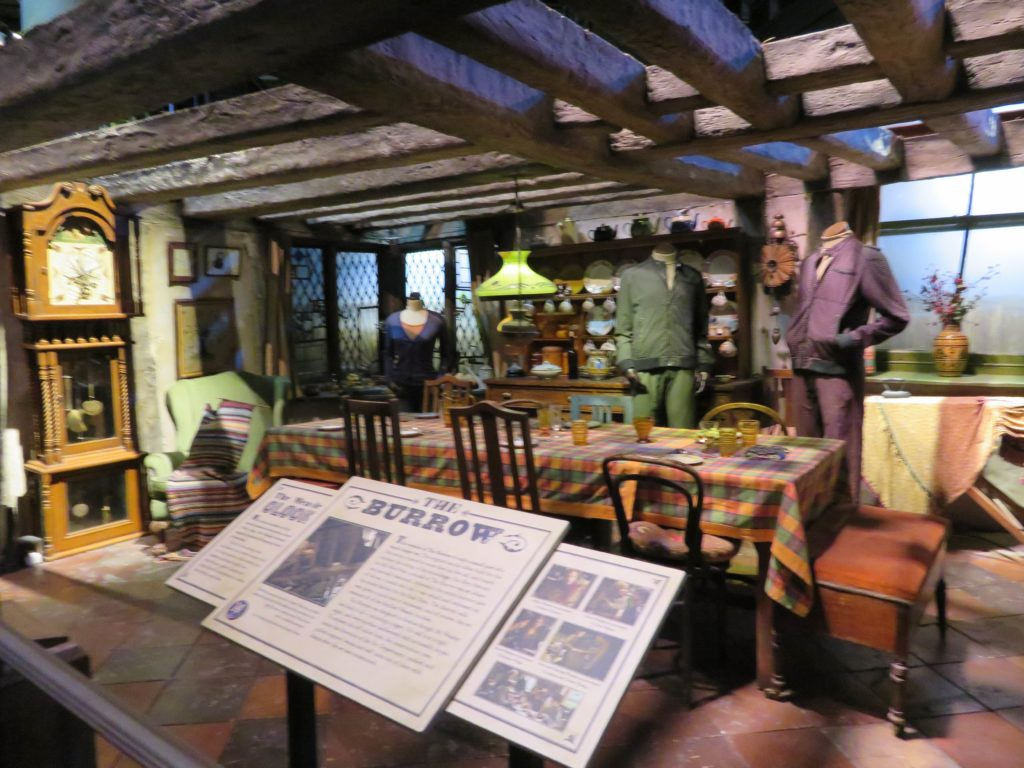 harry potter warner brothers studio tour weasley cottage tips