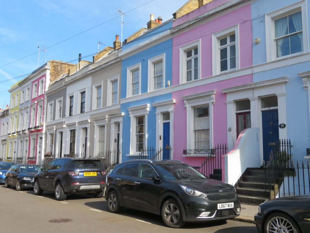 Notting hill colorful houses things to see and do movie filming locations