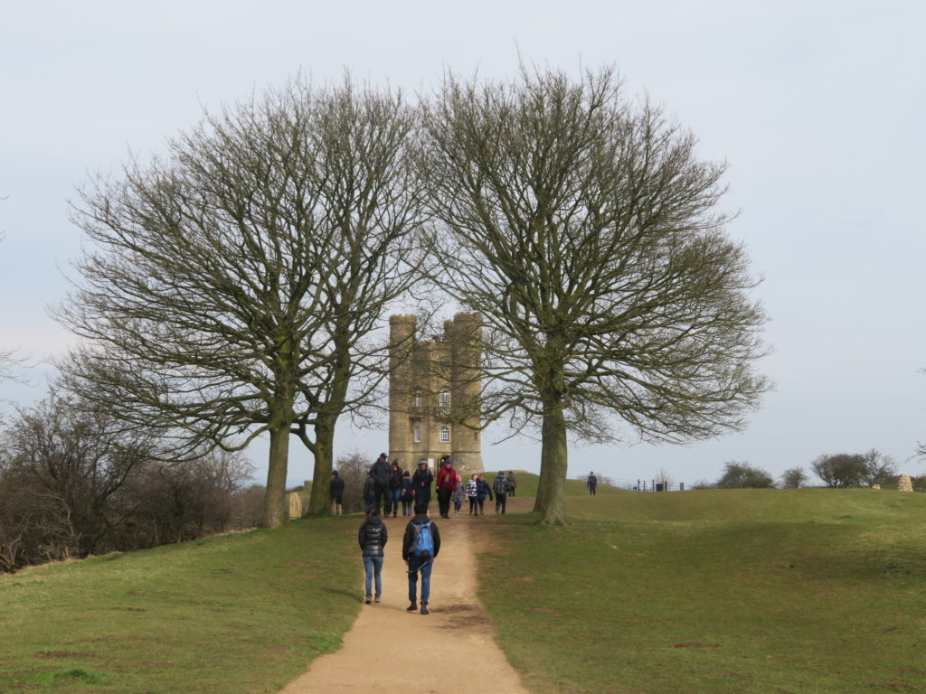 broadway tower dovers hill the cotswolds day trip from london viewpoint itinerary guide
