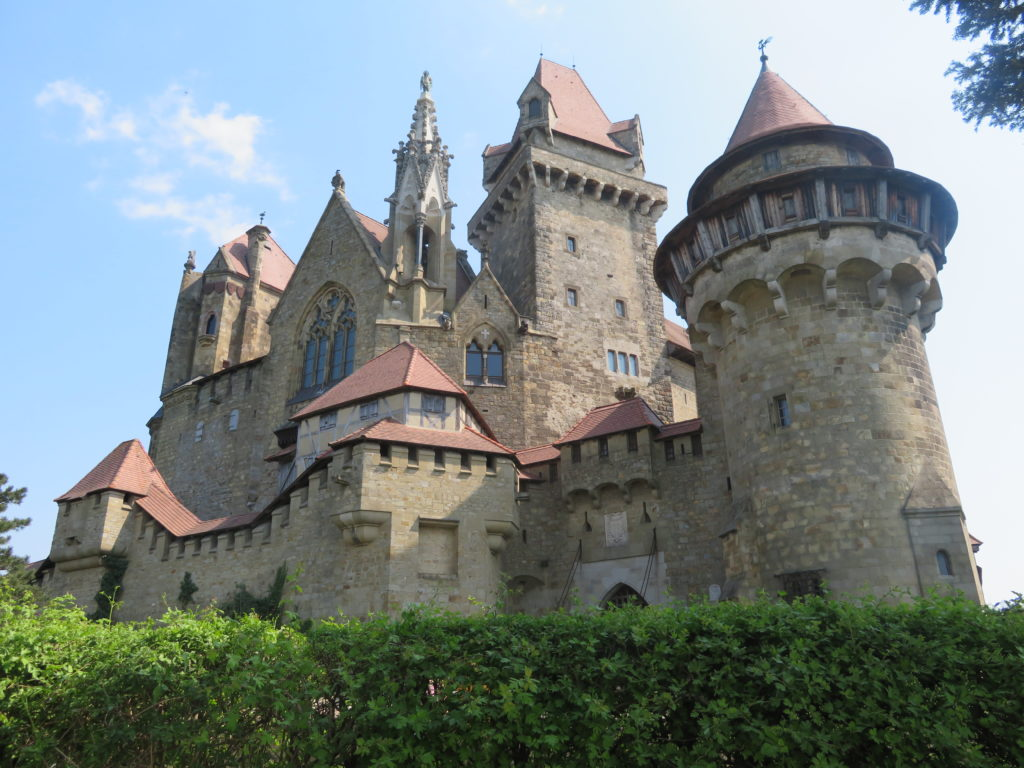 vienna day trip medieval castle Kreuzenstien Castle how to get there tips photo spots