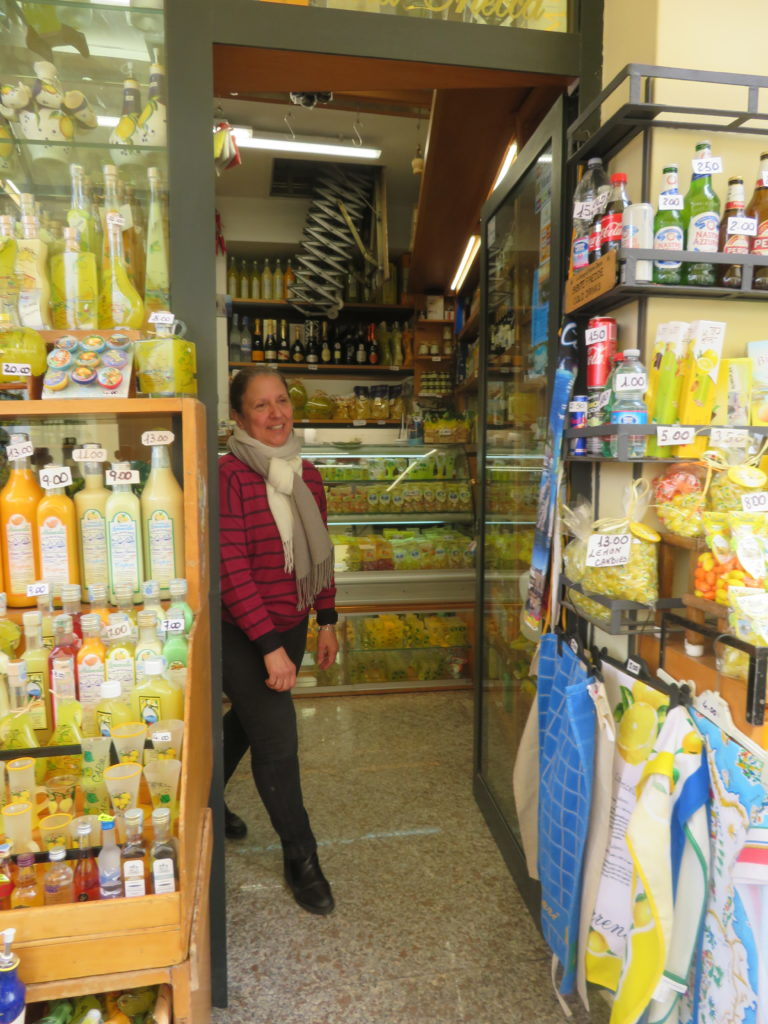 sorrento limoncello shop things to see and do in 1 day italy amalfi coast