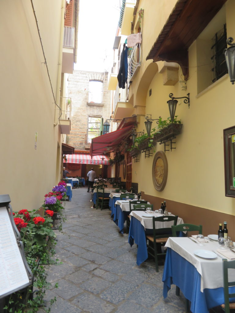 sorrento italy amalfi coast things to see and do one day itinerary