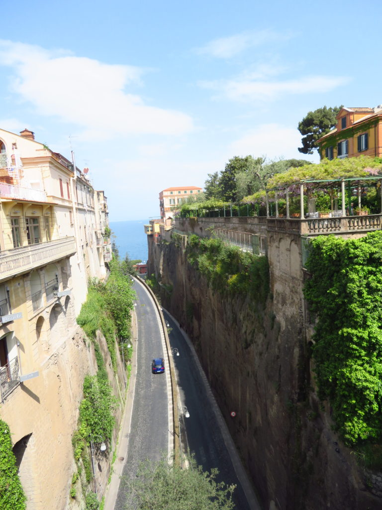 sorrento amalfi coast day trip itinerary things to see and do