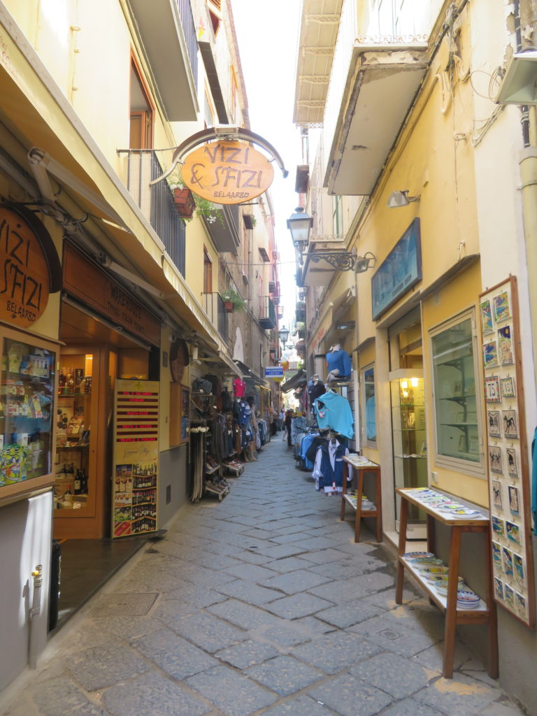 sorrento limoncello store lemons thing to see and do 1 day itinerary