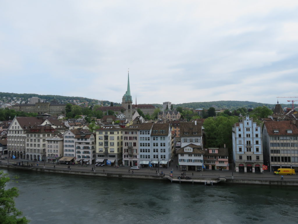zurich iconic photo spot things to see and do itinerary lindenhof