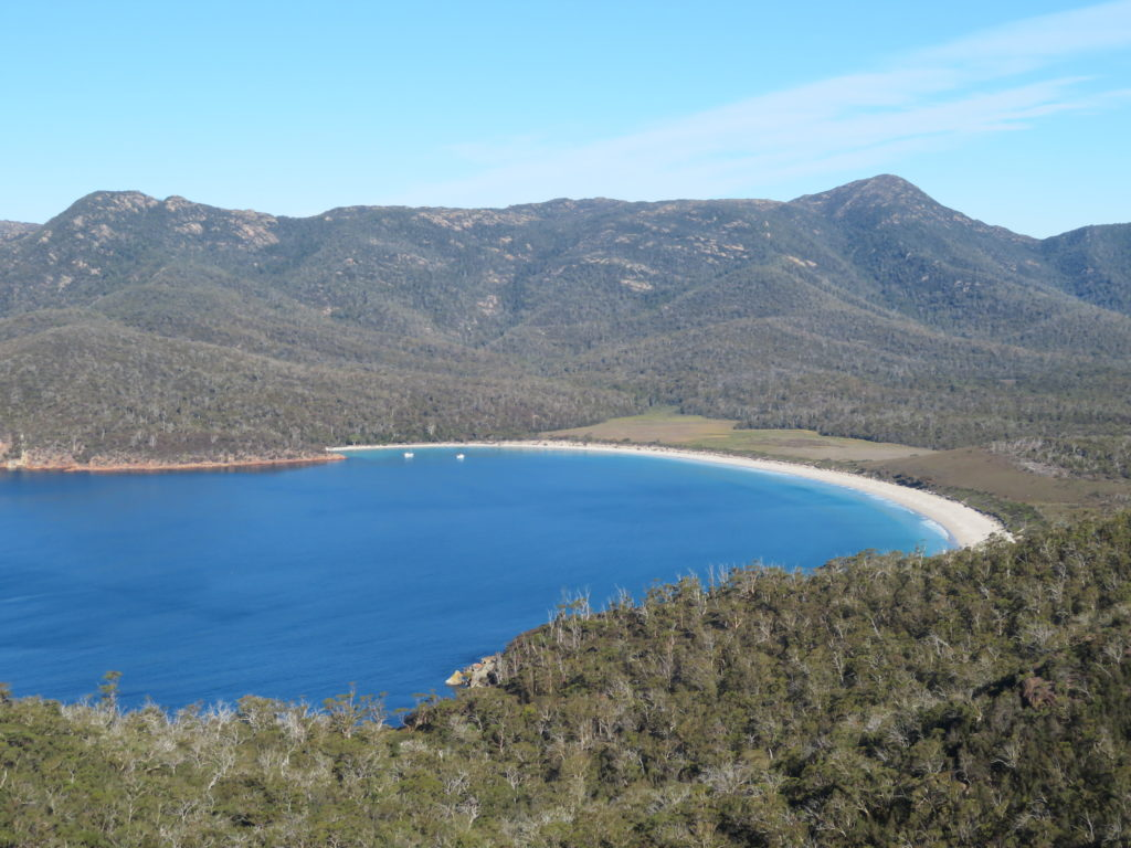 Freycinet national park tasmania wineglass bay lookout viewpoint autumn april