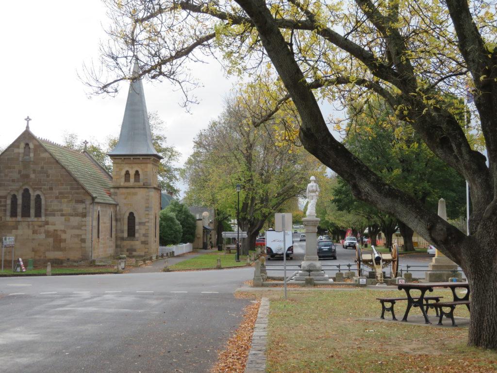ross tasmania heritage highway photo stops autumn april