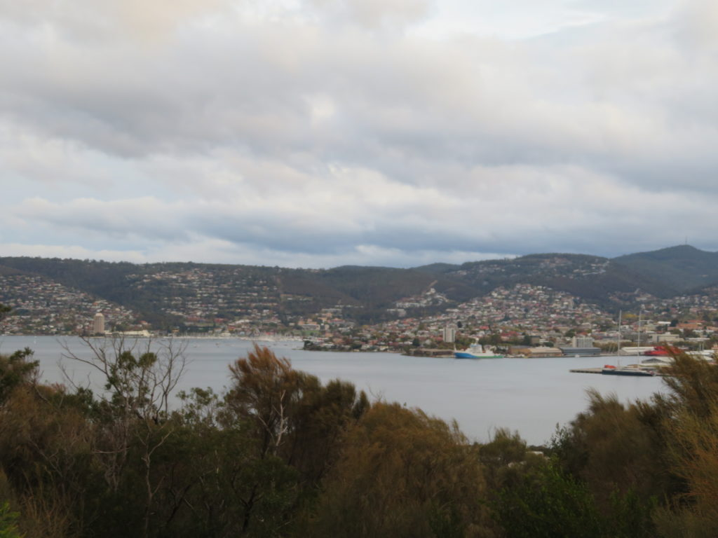 rosny hill lookout tasmania hobart things to see and do 2 day itinerary tasmania self drive road trip