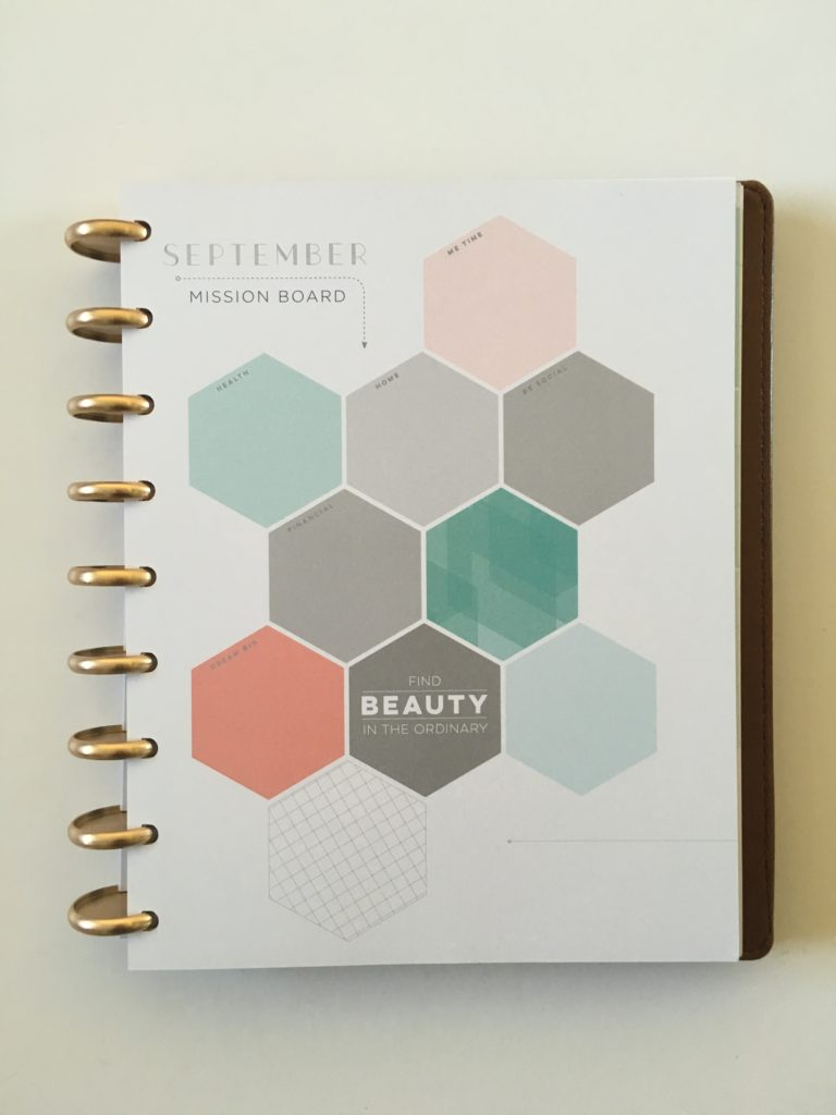 inkwell press 360 discbound planner review pros and cons vegan leather cover flex weekly layout horizontal monthly planning page color scheme
