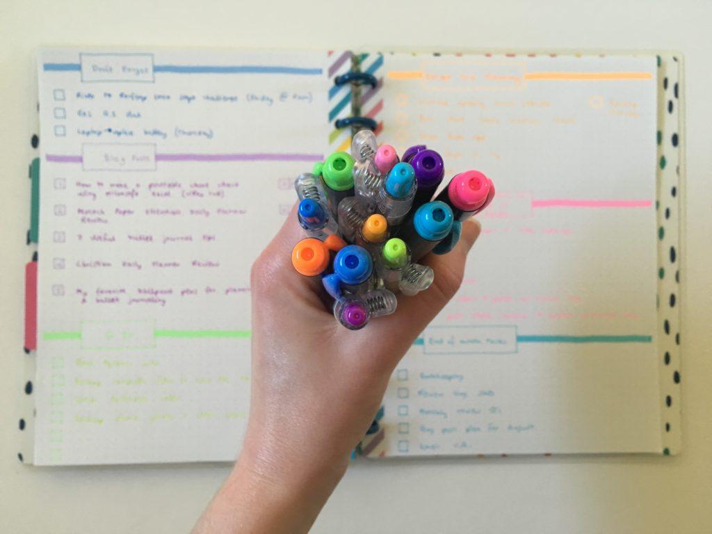 rainbow weekly spread pens highlighters quick simple bullet journal weekly spread bujo