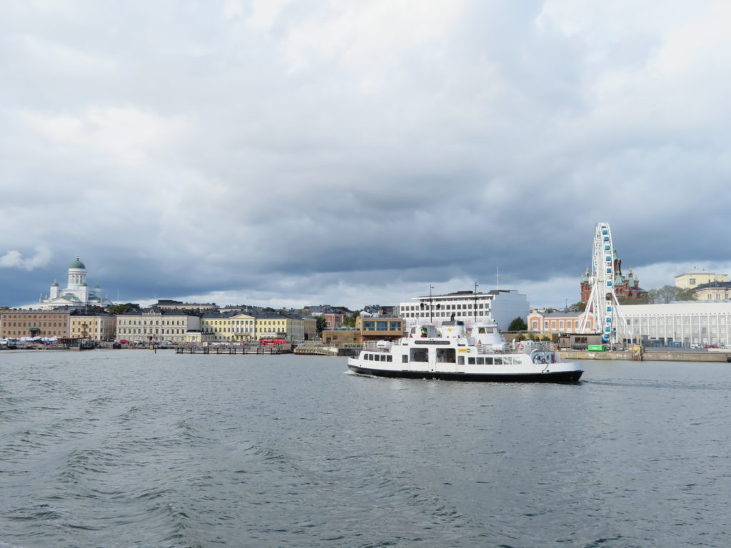 Suomenlinna Island ferry from Helsinki harbour things to see and do best photo spots in Helsinki finland 1 day itinerary