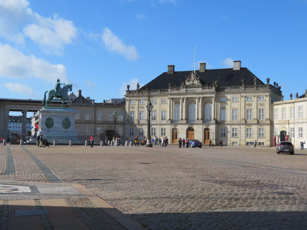 Amalienborg Palace copenhagen things to see and do 2 day itinerary free attractions viewpoints