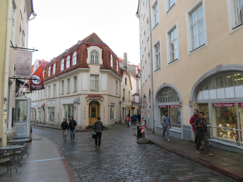 tallin old town things to see and do 48hrs itinerary best photospots eastern europe medieval city