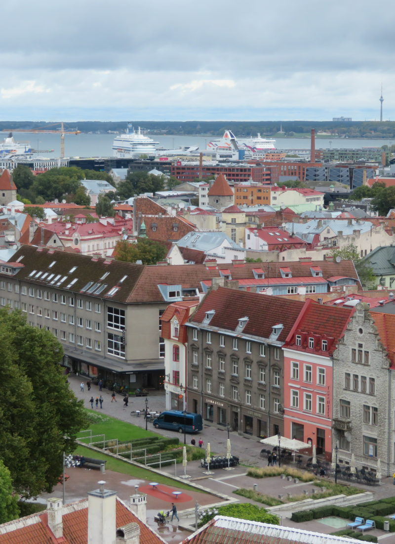 Guide to visiting Tallin, Estonia (photo spots, day trips, where to stay and eat)