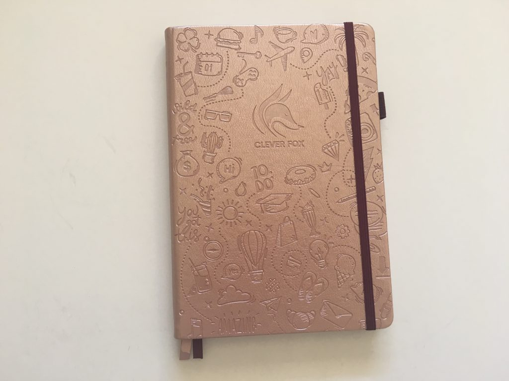 clever fox dotted journal notebook review dot grid notebook sewn bound bright white paper rose gold cover affordable no ghosting bleed through paper_18