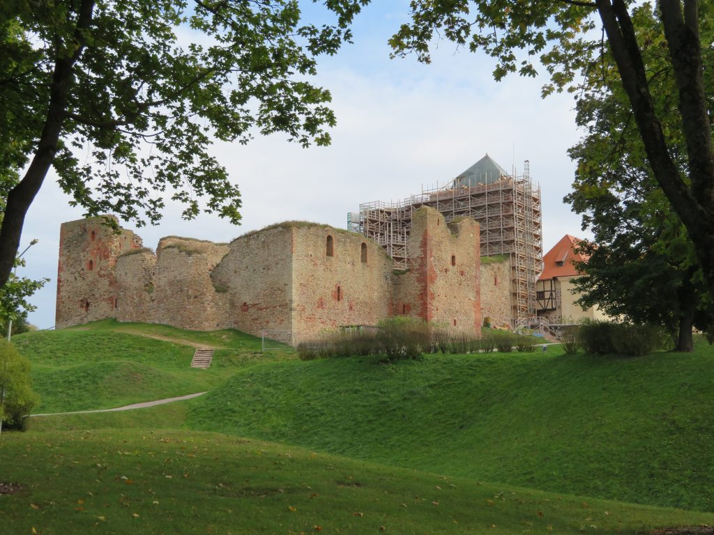 bauska castle day trip to latvian palaces from riga top day trips things to see and do itinerary review is it worth visiting september autumn tips