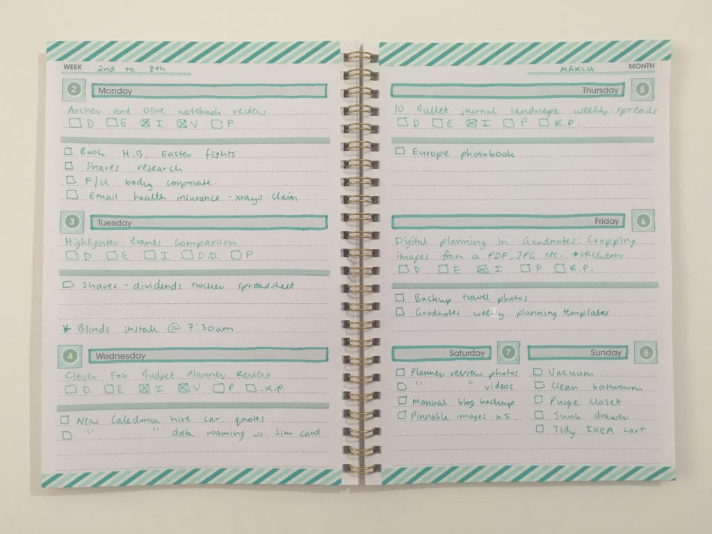 decorating a $2 weekly planner washi tape decorating mint zebra mildliner papermate fineliner simple minimalist quick easy reject shop planner hack_06
