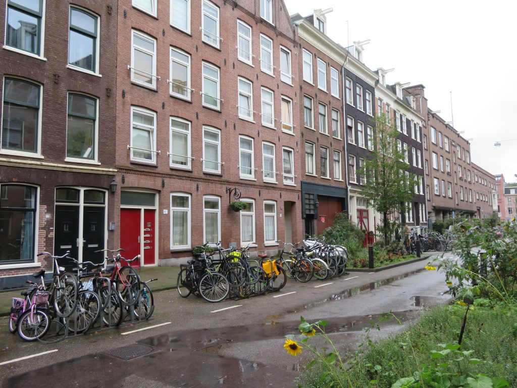 de pijp neighborhood amsterdam things to see and do dutch row houses