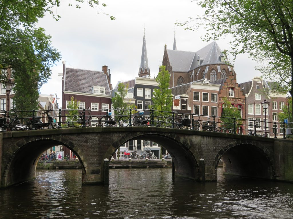 amsterdam things to see and do canal tour photo spots