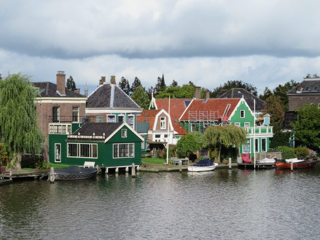 holland zaanse schans day trip from amsterdam via train diy half day october things to see and do itinerary architecture