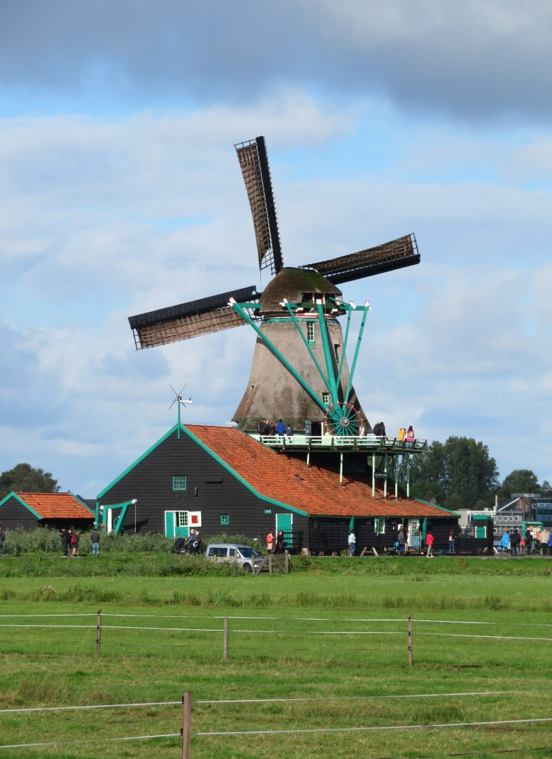 Zaanse Schans diy day trip from amsterdam on the train windmills photo spots october eat clog workshop cheese factory chocolate october weather rainbow