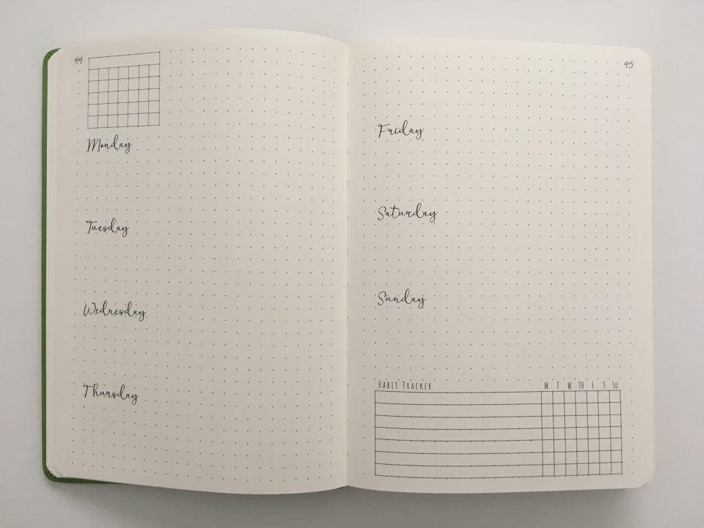 cloudberry journal dot grid planner review monthly spread key horizontal weekly monday start habit tracker minimalist pocket folder_14
