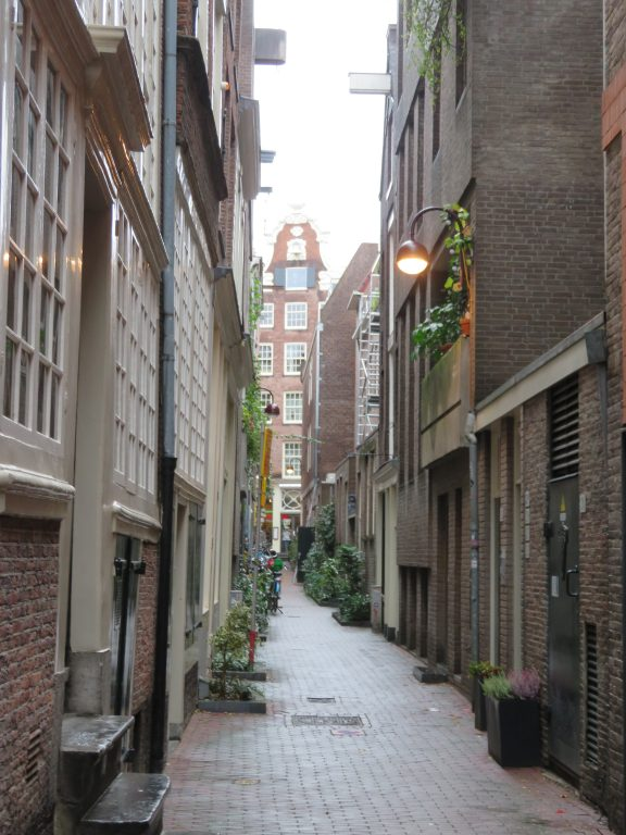 amsterdam laneways best photography locations things to see and do