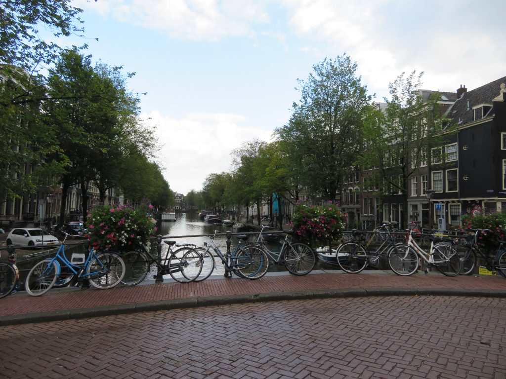 Jordaan neighbourhood amsterdam netherlands best photography locations scavenger hunt