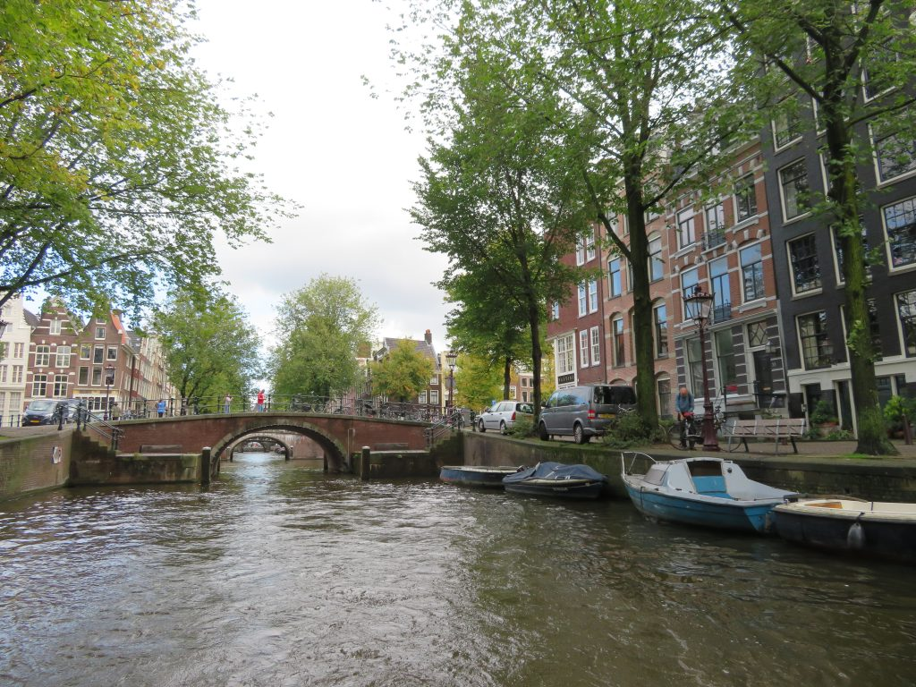 Amsterdam canal bridge viewpoints boat tour canal photo spots things to see and do in netherlands itinerary