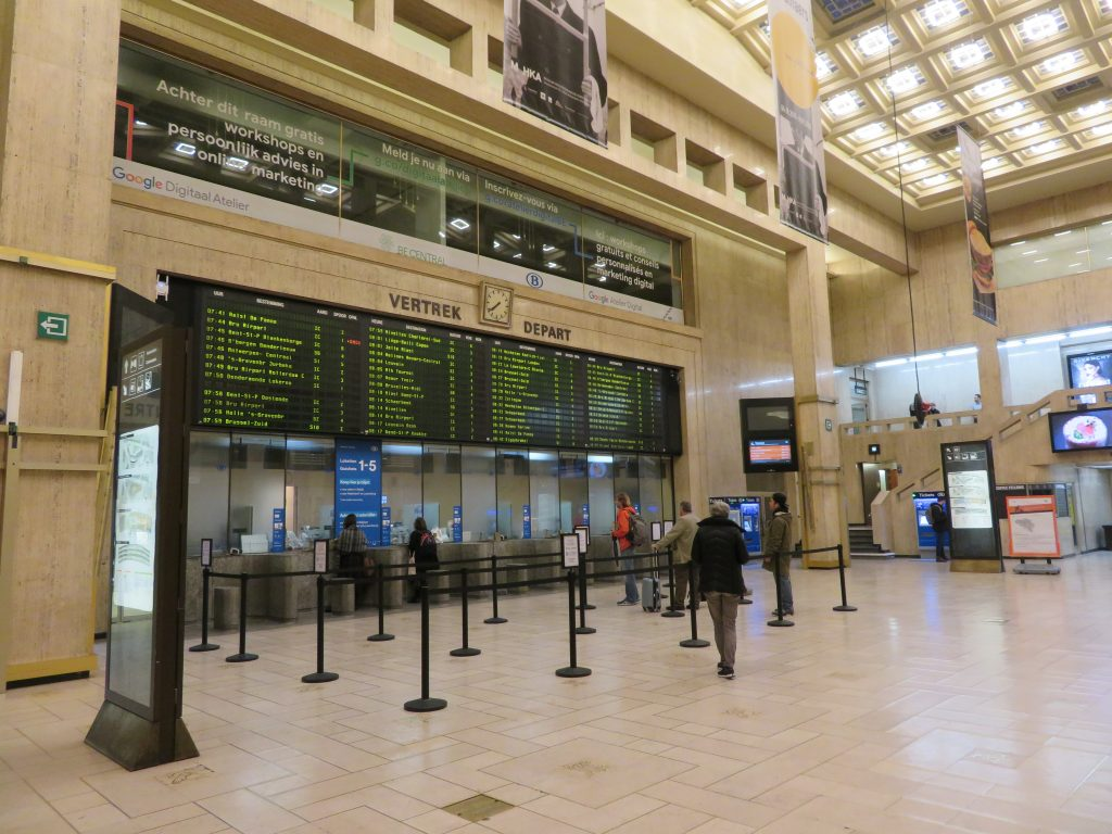 Brussels Central station train how to get around belgium tips itinerary 4 days