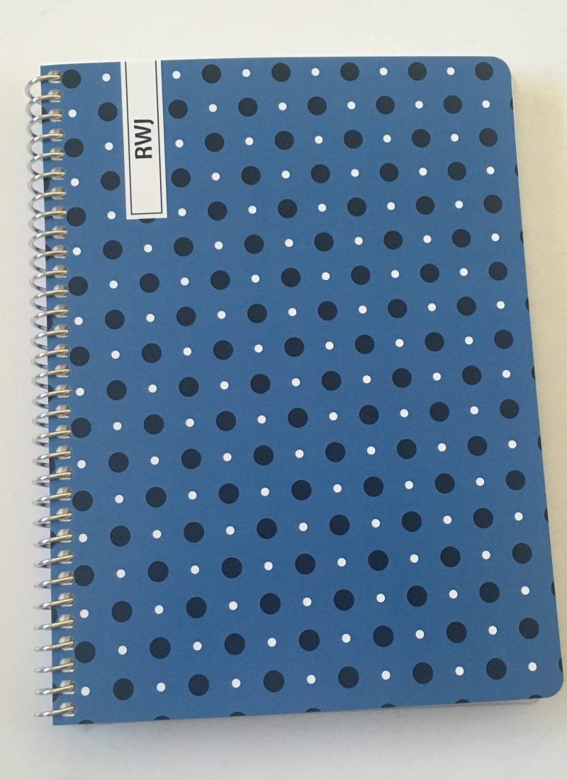 Agendio 5.5″ Wide x 8″ High Weekly Planner Review (Custom Planner!)